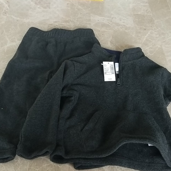 Children's Place Sweat Outfit